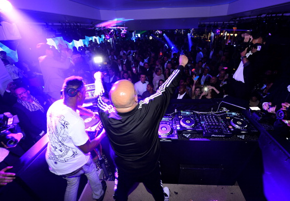 Nightclub「BELVEDERE Vodka 'Walks Its Way' Into Cannes With Reverend Run And DJ Ruckus」:写真・画像(17)[壁紙.com]