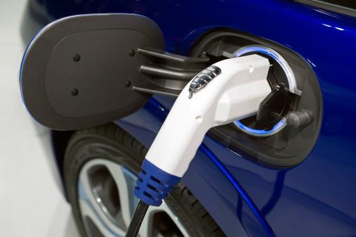 Meteorology「Charging an electric car close up」:スマホ壁紙(9)