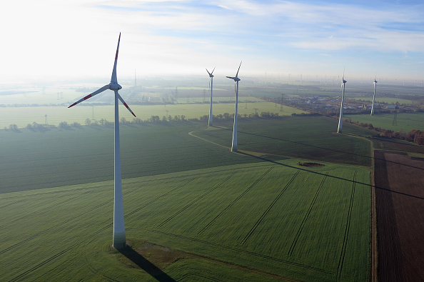 Environmental Conservation「Germany Seeks Ambitious Goals For Renewable Energy」:写真・画像(0)[壁紙.com]