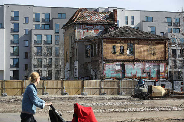 Construction Industry「Berlin Construction Boom Continues」:写真・画像(1)[壁紙.com]