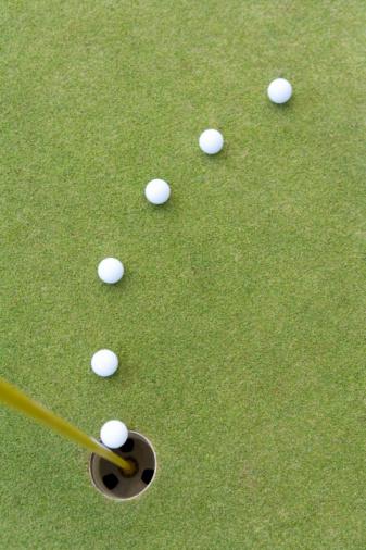 Northern Mariana Islands「Golf balls lined to hole, Saipan, USA 」:スマホ壁紙(8)