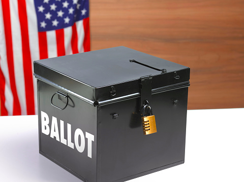 Voting Ballot「Ballot box with US flag」:スマホ壁紙(16)