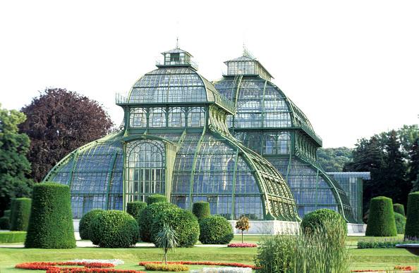 Greenhouse「Vienna, Schloss Schönbrunn, Art Deco Glass House」:写真・画像(0)[壁紙.com]