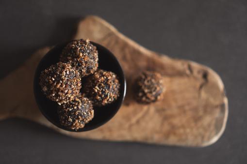 Recipe「Chocolate balls」:スマホ壁紙(11)