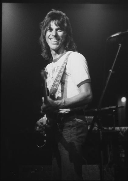 Three Quarter Length「Jeff Beck Warm-Up Gig At Roundhouse Before US Tour」:写真・画像(2)[壁紙.com]