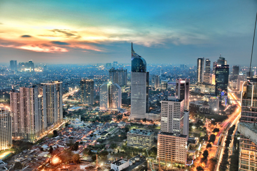 Indonesia「City skyline at sunset, Jakarta, Indonesia」:スマホ壁紙(12)