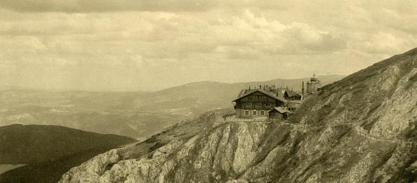 Austrian Culture「Hotel On The Schneeberg」:写真・画像(12)[壁紙.com]