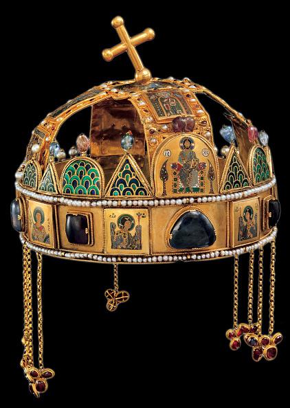 Crown - Headwear「The Holy Crown of Hungary, 12th century」:写真・画像(17)[壁紙.com]