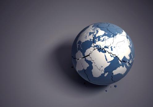 Dividing「Broken globe concept for fragile world heritage」:スマホ壁紙(0)