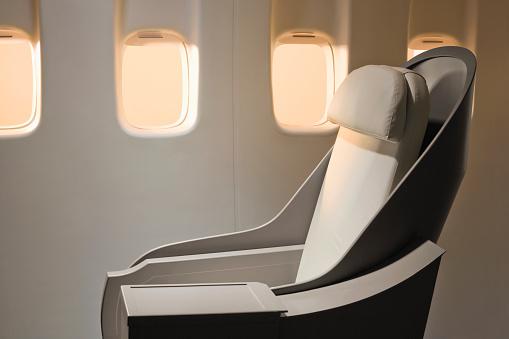 Passenger Cabin「Airplane windows and chair」:スマホ壁紙(17)