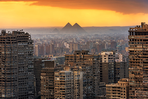 The Past「Landscape of Cairo」:スマホ壁紙(1)