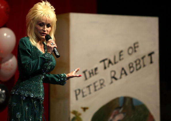 Country Music Academy「Dolly Parton Launches Her First UK 'Imagination Library' Scheme」:写真・画像(19)[壁紙.com]