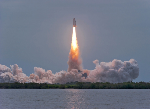 Air Pollution「July 8, 2011 - The final launch of Space Shuttle Atlantis from Kennedy Space Center, Cape Canaveral, Florida.」:スマホ壁紙(17)