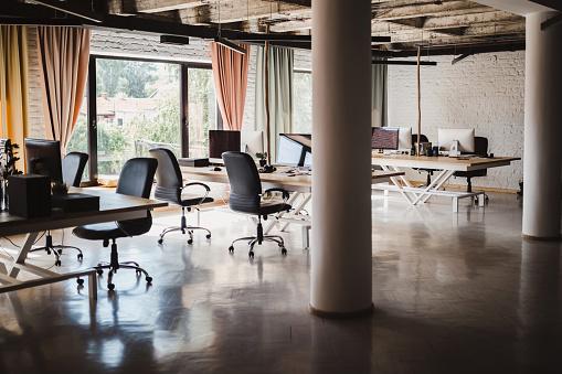 New Business「Modern open space office」:スマホ壁紙(18)