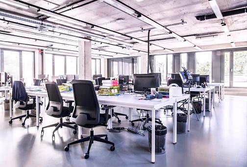 Leisure Activity「Modern open-plan office」:スマホ壁紙(2)