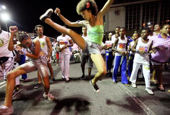 2012 Summer Olympics - London「Brazil Begins Carnival Celebration」:写真・画像(2)[壁紙.com]
