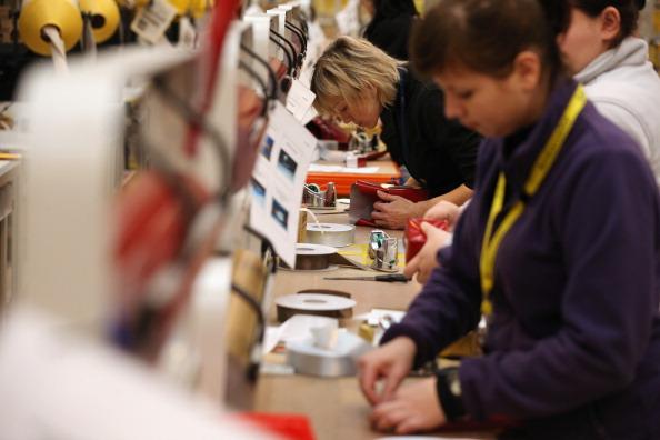 UK「Online Retailers Amazon Prepare For Cyber Monday」:写真・画像(1)[壁紙.com]