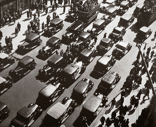 Traffic「Traffic Jam On Fifth Avenue At 49th Street New York USA Early 1929」:写真・画像(15)[壁紙.com]