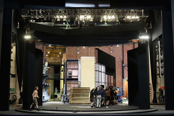 Theatrical Performance「Behind The Scenes At Glyndebourne Opera As The 2013 Season Ends」:写真・画像(9)[壁紙.com]