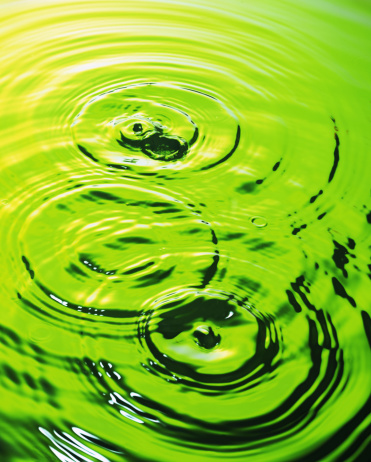 Continuity「Water with ripples in green」:スマホ壁紙(2)
