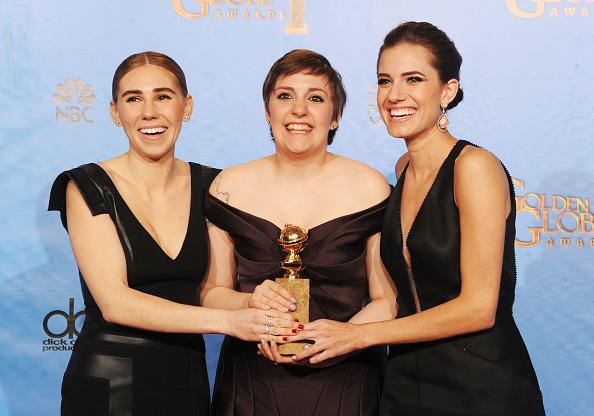 Girls「70th Annual Golden Globe Awards - Press Room」:写真・画像(18)[壁紙.com]