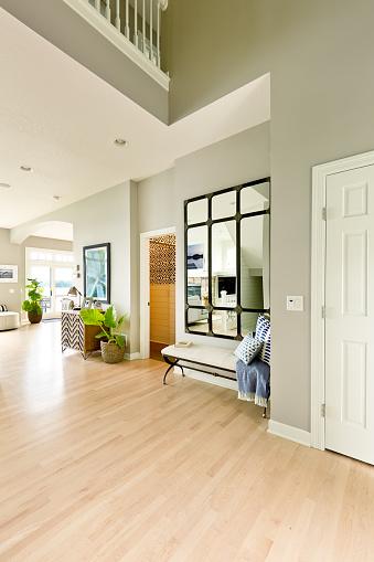 Front Door「Modern Home Front Door and Entrance Hallway Foyer Interior Design」:スマホ壁紙(13)