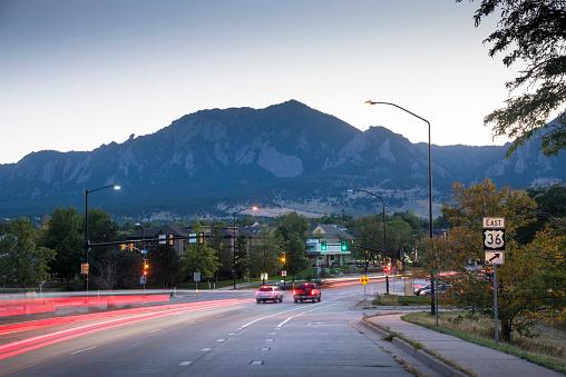 グリーン山脈「Green Mountain, Rocky Mountains, Flatirons, Boulder, Colorado」:スマホ壁紙(15)