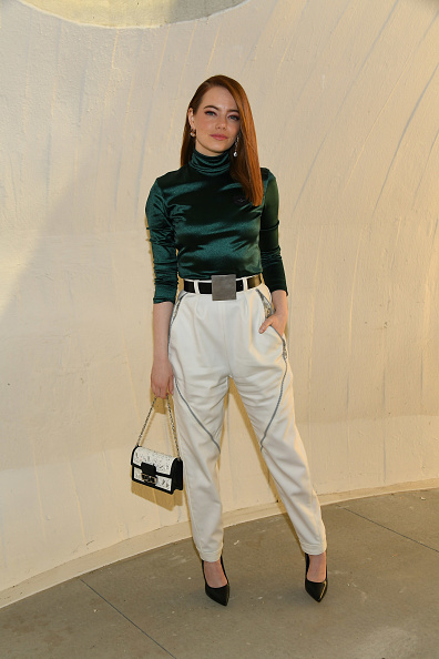 Emma Stone「Louis Vuitton Cruise 2020 Fashion Show」:写真・画像(1)[壁紙.com]