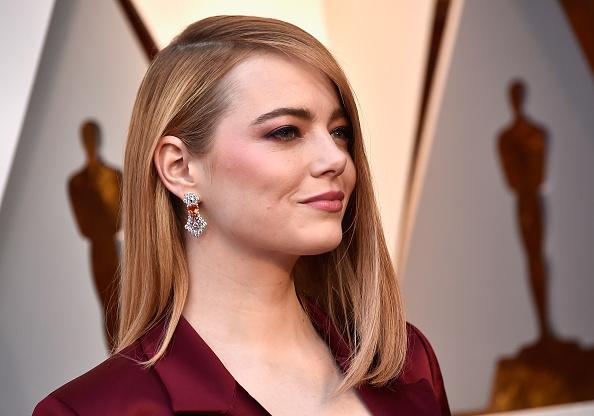 Emma Stone「90th Annual Academy Awards - Arrivals」:写真・画像(17)[壁紙.com]