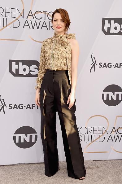 Emma Stone「25th Annual Screen Actors Guild Awards - Arrivals」:写真・画像(11)[壁紙.com]