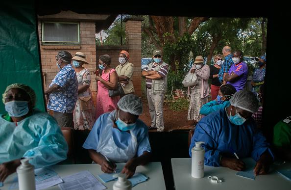 Zimbabwe「Zimbabwe Expands Covid-19 Vaccination Effort」:写真・画像(6)[壁紙.com]