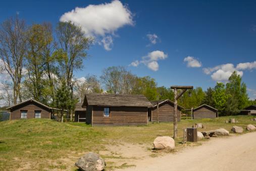 Log「Holiday cottages in summer camping」:スマホ壁紙(6)