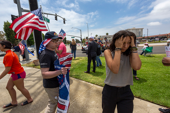 Emotional Stress「Police Officers And Trump Supporters Hold Rally Supporting Law Enforcement」:写真・画像(1)[壁紙.com]
