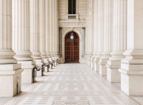 Politics「Column Architecture (XXXL)」:スマホ壁紙(14)