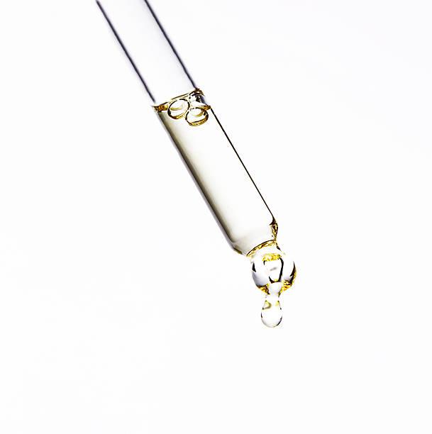 Serum in Oil Dropper:スマホ壁紙(壁紙.com)