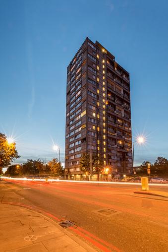Postmodern「High rise tower block in Shadwell East」:スマホ壁紙(10)