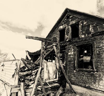 Inferno「Charred Home」:スマホ壁紙(4)