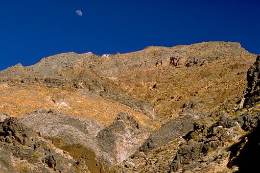 グレープバイン山「Moon Over Grapevine Mountains」:スマホ壁紙(9)