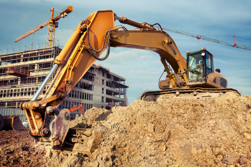Digging「Excavator at construction site」:スマホ壁紙(11)