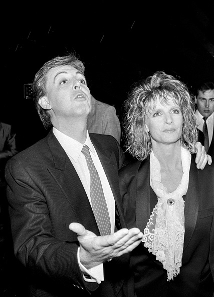 Dave Hogan「Paul and Linda McCartney 1984」:写真・画像(13)[壁紙.com]