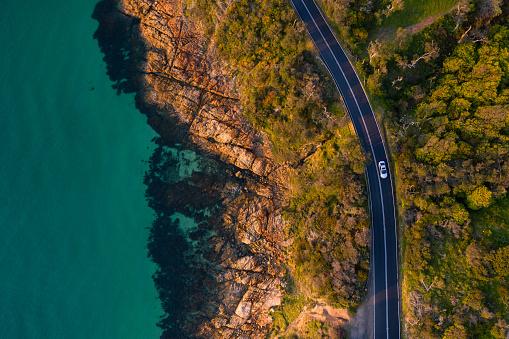 自然の景観「マーサの海岸沿い道路の航空写真をマウントします。」:スマホ壁紙(16)