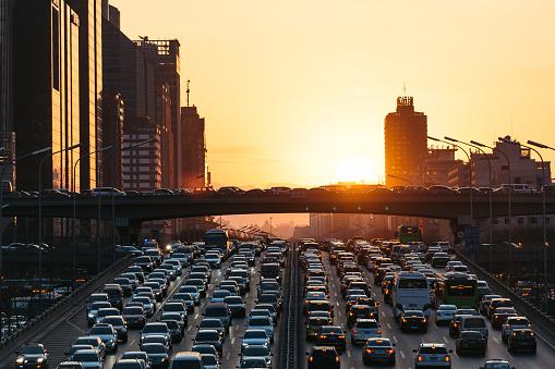 Traffic「City Traffic Jam at sunset」:スマホ壁紙(6)