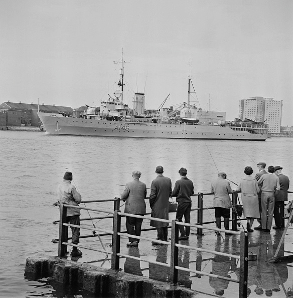 Recreational Pursuit「HMS Protector (A146)」:写真・画像(18)[壁紙.com]