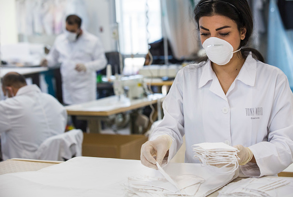 Fashion「Fashion Designer Tony Ward Makes Medical Garments At Beirut HQ In Response To Coronavirus」:写真・画像(19)[壁紙.com]