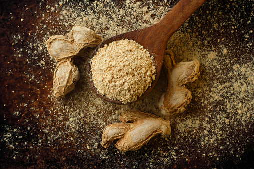 Ginger - Spice「dried ginger  and ground ginger, close up」:スマホ壁紙(14)