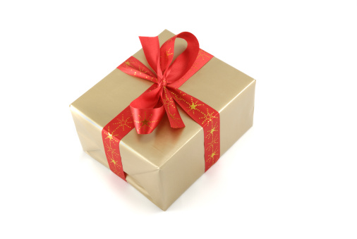 Christmas Paper「Christmas gift box tied with a red ribbon isolated」:スマホ壁紙(18)