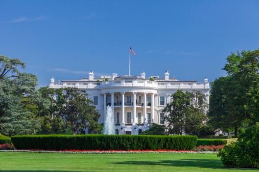 Politics「White House on a Clear Sky」:スマホ壁紙(13)