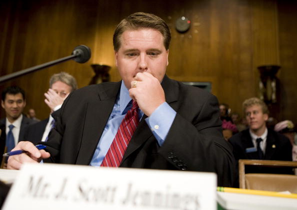 Joshua Roberts「Senate Judiciary Committee Holds Hearing On US Attorney Controversy」:写真・画像(7)[壁紙.com]