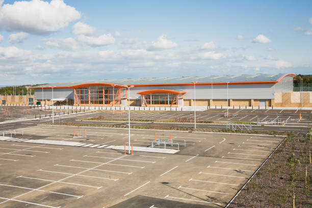 The new B&Q store development in Dover, built to replace the old store in the centre of the town with restricted access.  Located on the outskirts of Dover with ample parking and good links to the A2 the store is due to open in 2009.  The building was co:ニュース(壁紙.com)