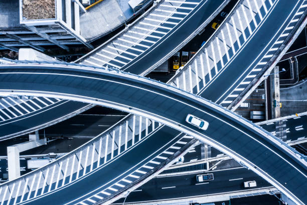 Aerial photograph of beautifully curved highway.:スマホ壁紙(壁紙.com)